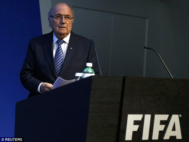 布拉特宣布将辞去FIFA主席职务