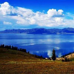 <新疆>赛里木湖、喀拉峻、那拉提10天游